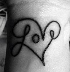 small-heart-tattoo-on-wrist