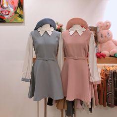 画像に含まれている可能性があるもの:立ってる(複数の人) Korea Fashion, Fashion Line, Vogue Fashion, Kpop Fashion, Fashion Outfits, Fashion Models, Japan Fashion, Street Fashion, Ulzzang Fashion