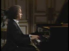 Cyprien Katsaris Plays Chopin 10 Polonaise No.1 Op26-1 - YouTube