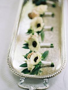 10 Beautiful Boutonnieres | AuCourant | Lauren Liddell Photography | Click through to see more