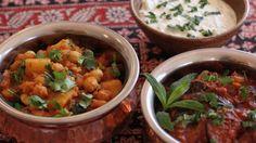 Aloo chole (chickpea and potato curry)