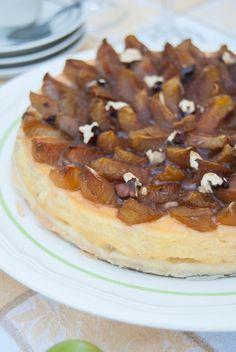 La asaltante de dulces: Receta de tarta de ciruelas y nueces/ Plum & walnut cake recipe. So tasty and juicy!