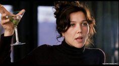 Maggie in Mona Lisa Smile - maggie-gyllenhaal Screencap