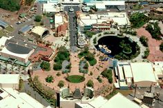 NO. WAY. this is awesome!!! I never knew this! Which park?  Hollywood