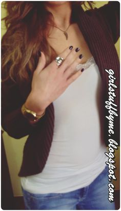 #feather #casio #ring #necklace #nails