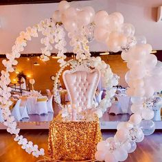Gold sun wedding sweetheart table decorations with balloons. Photo shared by Wholesale Wedding/Event Decor on May 18, 2021 tagging @sassychiceventdesigns. White Wedding Decorations, Balloon Decorations, Table Decorations, Wholesale Tablecloths, Sweetheart Table Decor, Rosettes, Event Decor, Wedding Events, Balloons