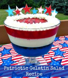 Patriotic Gelatin Salad Recipe. Make this 4th of July special when you bring this layered dessert to the picnic table! #4thofJuly #patriotic #desserts