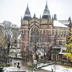 From our friends at Leeds  @universityofleeds - If you've woken up to a cold and wintry morning today then stay warm!  #leedsinautumn #leedsuniversity #leedsuni #universityofleeds #uniofleeds #unileeds #leedslife #leedsthroughalens #discoverleeds #leeds #igersleeds #lookupleeds #leedswelcome #iloveleeds #leedsarchitecture #weareinternational #snow #goviewyou