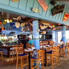 Manatee Island Bar & Grill just south of Vero Beach in Ft. Pierce