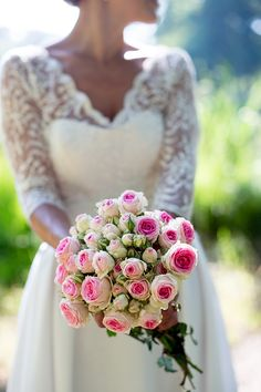 A bit messy looking but the flowers themselves are pretty and could like nice as part of a selection of flowers Bouquet Pastel, Rose Bouquet, Floral Wedding, Wedding Bouquets, Wedding Dresses, Bride Flowers, Wedding Flowers, Bridal Session, Marry You