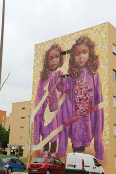 Street art Bairro Padre Cruz Lisboa