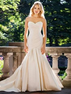 513f7cbac0ab3 Cool Awesome AUTHENTIC Lea-Ann Belter Mathia Ivory Silk Wedding Dress 8  RETURN POLICY 2017