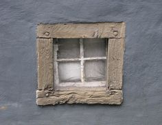by Andre Krapp like the embedded wood frame....