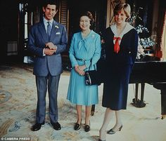 The truth about Diana and The Queen: How monarch was Princess's greatest supporter. until THAT Martin Bashir documentary Princess Margaret, Princess Of Wales, Princess Diana, Charles And Diana, Prince Charles, Martin Bashir, Prince Phillip, Lady Diana Spencer, Queen Elizabeth Ii