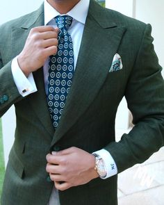 Suit up with @ menwithclass #suit #mensfashion #menswear #gq #suits