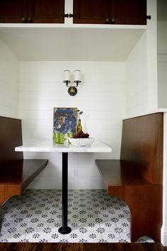 Breakfast nook in Ravenna kitchen | archdigest.com