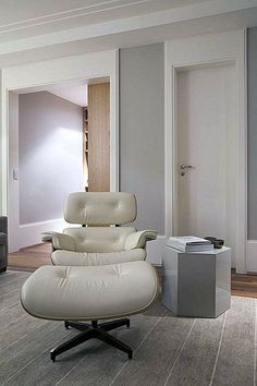 Elegant Interior Design in Sao Paulo by the Arquitetura Quartet – Sofa Design 2020 Home Design Decor, Diy Home Decor, House Design, Interior Design, Home Improvement Projects, Home Projects, White Eames Chair, Bedroom Corner, Bedroom Furniture