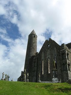 Rock of Cashel. Ireland. #travel