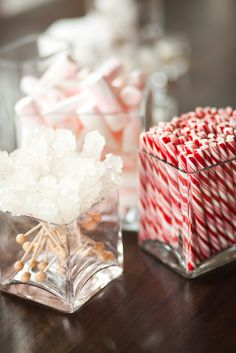 Winter Reception Candy | Calluna Events https://www.theknot.com/marketplace/calluna-events-boulder-co-241316 | Robin Proctor Photography https://www.theknot.com/marketplace/robin-proctor-photography-aspen-co-108917
