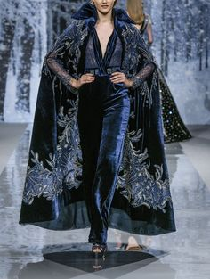 ~ Living a Beautiful Life ~ Brienne of Tarth - Ziad Nakad Haute Couture Fall 2017 Couture Fashion, Runway Fashion, High Fashion, Fashion Show, Fashion Outfits, Womens Fashion, Fashion Design, Beautiful Outfits, Cool Outfits