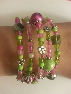 Pink and green wrap bracelet - memory wire #jessejamesbeads