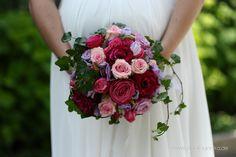 Brautstrauss mit Rosen in altrosa, rose und flieder, mit Efeu