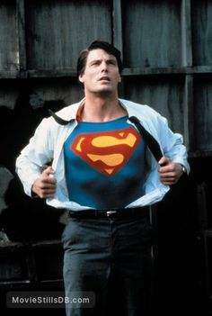 A gallery of Superman publicity stills and other photos. Featuring Christopher Reeve, Margot Kidder, Marlon Brando, Susannah York and others. Superman Movies, Superman Art, Superman Man Of Steel, Dc Movies, Superman Photos, Comic Movies, Marvel Comics, Marvel Dc, Captain Marvel