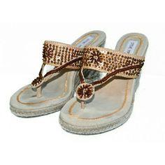 Steve Madden Wedge Sandals Rhinestone Daisy- 5.5 Steve Madden Wedge Sandals Rhinestone Daisy- size 5.5 Steve Madden Shoes Sandals