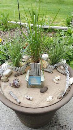 Beach Fairy Garden, Fairy Garden Plants, Fairies Garden, Fairy Gardening, Succulent Planters, Indoor Gardening, Succulents Garden, Hanging Planters, Planting Flowers