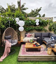 8 Affordable Dupes for the Target Egg Chair - Red Soles and Red Wine - - Jennifer Worman shares 5 affordable dupes for the Target Opalhouse Southport Patio Egg Chair. Shop affordable dupes and egg chair home styling inspiration. Garden Furniture, Outdoor Furniture Sets, Furniture Chairs, Furniture Layout, Target Patio Furniture, Wicker Patio Furniture, Wicker Chairs, Affordable Furniture, Affordable Home Decor