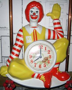 Old Ronald McDonald Clock Mcdonald's Restaurant, Vintage Restaurant, Tick Tock Clock, Unusual Clocks, Goose Bumps, A Moment To Remember, Cat Clock, Time Of Our Lives, Time Stood Still