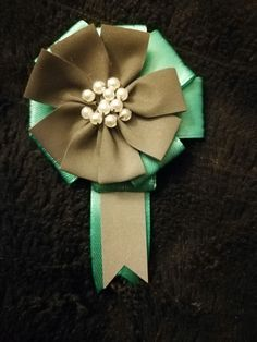 Sewing - Reflector Flower with Ribbon and Pearls