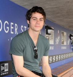 Dylan O'Brien looks so creaking hot here yet so tired.... But so... Sexy... Urgh...