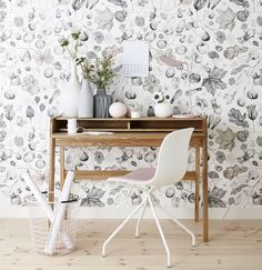 floral wallpaper / scandinavian desk