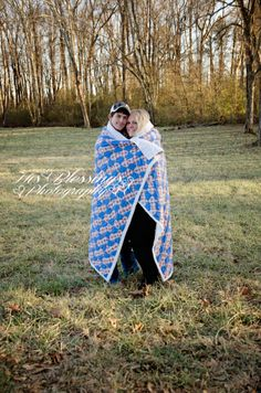Engagement PHOTOGRAPHY PICTURES portrait blankets