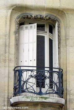 Hector Guimard (1867-1942). Hôtel Guimard. 1909. 122 rue Mozart et villa Fore - Paris 16e - France