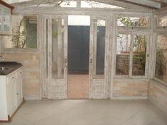 garden shed, garden structure, outside architecture, jardim - gazebo visto de dentro, de frente para o quintal, maison