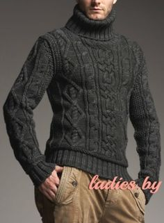 Вязаный тёмно-серый свитер с аранами
