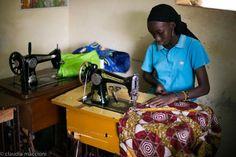 Tarde en un taller de África www.quantik.net