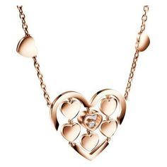 Chopard Pendentif Happy Amore La marque Chopard présente sa collection Chopard Pendentif Happy Amore. Ce modèle féminin est  fait en or rouge de 18 carats... Chopard, Dog Tag Necklace, Gold Necklace, Or Rouge, Mario, Valentines, Sterling Silver, My Style, Happy