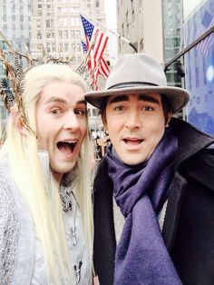 #LeePace having fun greeting Thranduart, a #Thranduil cosplayer at The Today Show, December 11, 2014.