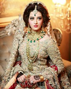41 Ideas For Wedding Dresses 2018 Bridal Collection Pakistani Desi Bride, Desi Wedding, Pakistani Wedding Dresses, Wedding Dresses 2018, Bridle Dress, Pakistan Bride, Pakistan Wedding, Bridal Makeover, Bridal Outfits