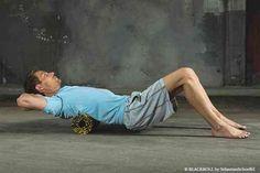 Faszien-Training: Oberer Rücken wird massiert