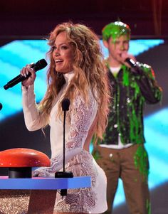 Pin for Later: The Best Snaps From the Kids' Choice Awards Jennifer Lopez and Nick Jonas