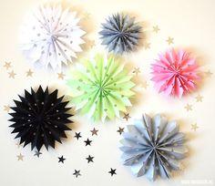 sterren van papier maken voor op je cadeautjes | Moodkids Paper Crafting, Origami, Blog, Christmas, Kids, Crafts, Creativity, Winter, Products