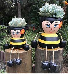 Flower Pot Art, Clay Flower Pots, Flower Pot Crafts, Clay Pots, Flower Pot People, Clay Pot People, Clay Pot Projects, Clay Pot Crafts, Painted Plant Pots