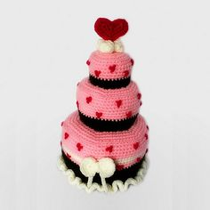 ❤❤❤ Do you need a cake for your SO for Valentine's? Here's a cake to fall in love with! And you don't even need to cook it =) ❤❤❤