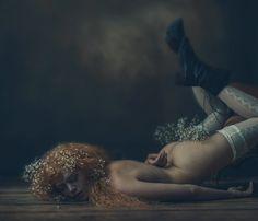 » Kate-ri « Ⓒ Photographer Ewa Cwikla ★8  http://strkng.com/s/blb  Nude / Europe / Netherlands / Anna Paulowna http://strkng.com/en/photographer/Ewa+Cwikla/    #strkng #Nude #Europe #Netherlands #Ewa_Cwikla #Anna_Paulowna #bestof #international #contemporary #photography