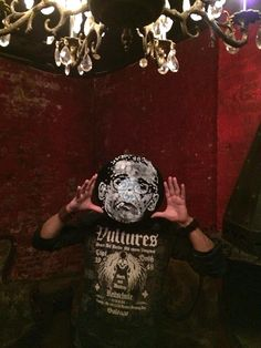 Facevinyl - TRAVEL - New York City #NewYorkCity #NYC #nyc #facevinyl #facevinylproject #FacevinylProject #Facevinyl #FacevinylMask #FacevinylLondon #London #FacevinylCollection #FacevinylPortrait #portrait #face #masks #facevinylstyle #style #rapanstudio #modernart #fineart #contemporaryart #art