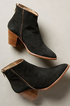 strena amsterdam suede ankle booties #anthrofave
